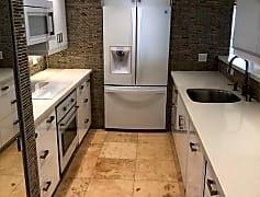Kitchen, 46-39 Aliianela Pl, 0