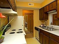 Kitchen, 550 Nims N, 0