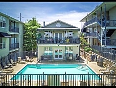 Pool, 820 North Street Apt 8, 0