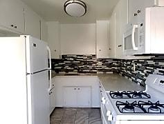 Kitchen, 3701 Emerald St, 0