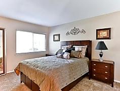 Bedroom, 2221 Kilborne Dr, 0