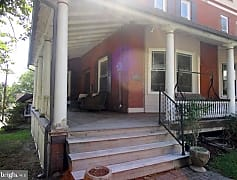 Patio / Deck, 84 N Maple St, 0