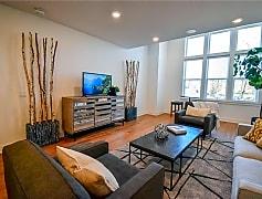 Living Room, 425 SW B St, 0