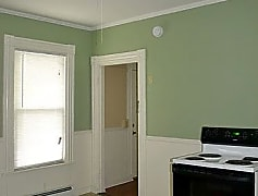 Living Room, 129 S Main St, 0