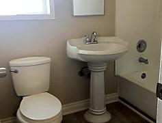 Bathroom, 736 N Mavis St, 0