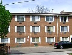 Building, 15 N Hancock St-Studios, 0