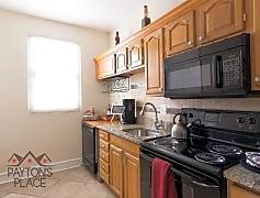 Kitchen, 405 Rhode Island Ave NE, 0