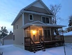 Building, 647 N Farrington St, 0