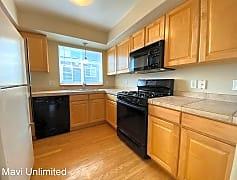Kitchen, 1077 Laramie Blvd #D, 0