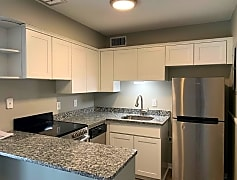 Kitchen, 512 Splitlog Ave, 0