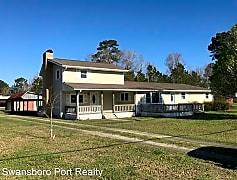 Building, 150 Queens Creek Road, 0