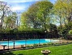 Pool, 15 Walnut Ave, 0