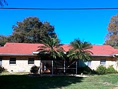 Building, 950 Ave S SE, 0