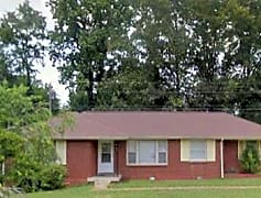 44 Hillsboro Road Front Picture.png