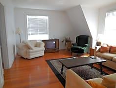 Livingroom view 2.jpg