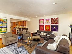 Living Room, 712 S Galena St A, 0