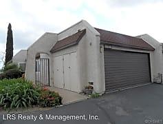 Building, 15548 Crestview Ln, 0