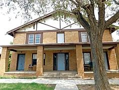 Building, 1411 S Buchanan St, 0