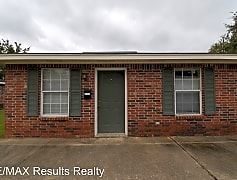 Building, 301 Everett St, 0