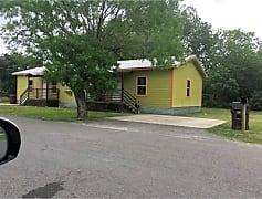 Building, 304 White Oak St, 0