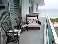 Patio / Deck, 5151 Collins Ave 1030, 0