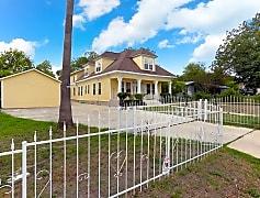 1710_Donaldson_Ave_San_Antonio_TX_78228_USA4_mls.jpg, 1710 Donaldson Avenue, 0
