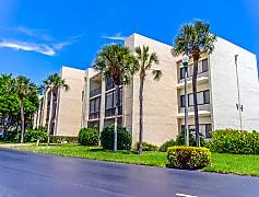 Building, 1605 US-1 306V6, 0