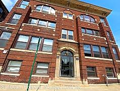 Building, 5336 Beaubien St, 0