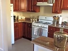 Kitchen, 515 Burnham Rd, 0