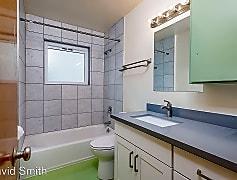 Bathroom, 617 N 40th St, 0