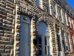 Building, 1152 Sargeant St, 0