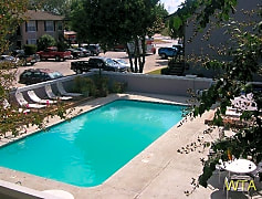 Pool, 1565 N Business Ih 35, 0