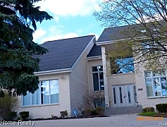 Building, 5682 Silver Pond, 0