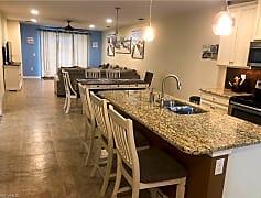 Dining Room, 14940 Edgewater Cir, 0