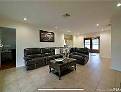 Living Room, 131 NW 72nd Way, 0