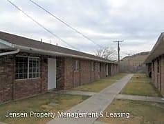 Building, 355 W 100 S, 0