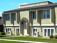 Dakota Manor Apartments
