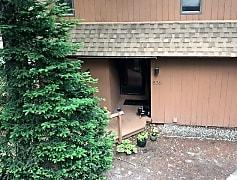 Building, 836 Cove Dr 836, 0