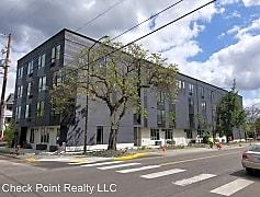 Building, 505 NE Dekum St, 0