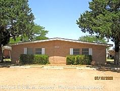 Building, 2110 Amarillo, 0