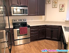 Kitchen, 10806 S Shore Dr, 0