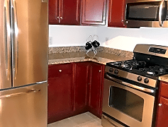 Kitchen, 300 W Elm St, 0