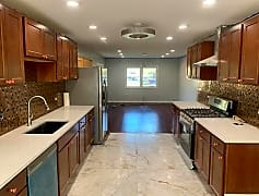 Kitchen, 3205 Oak Ct Hazel Crest, 0