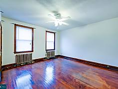 Living Room, 720 Irving St NE 1, 0