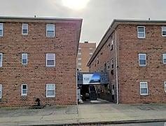 Building, 102 W Hudson St, 0