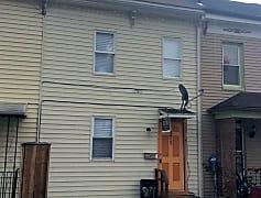 Building, 371 Oak Ln, 0