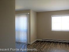 Living Room, 621 Crescent Dr  Apt. 14, 0