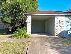 Building, 7605 Woodstone Cv, 0