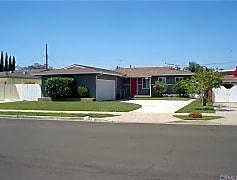 Building, 1333 E Kenwood Ave, 0
