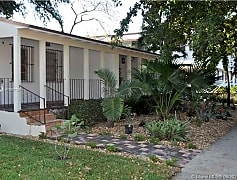 Building, 2131 SW 19th Ave 0, 0